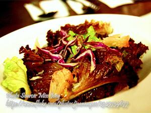 Pomelo Lettuce Salad